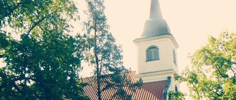 Baltezera baznīca::foto resurs: www.baltezerabaznica.lv